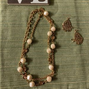 Fun long gold link and pearl necklace